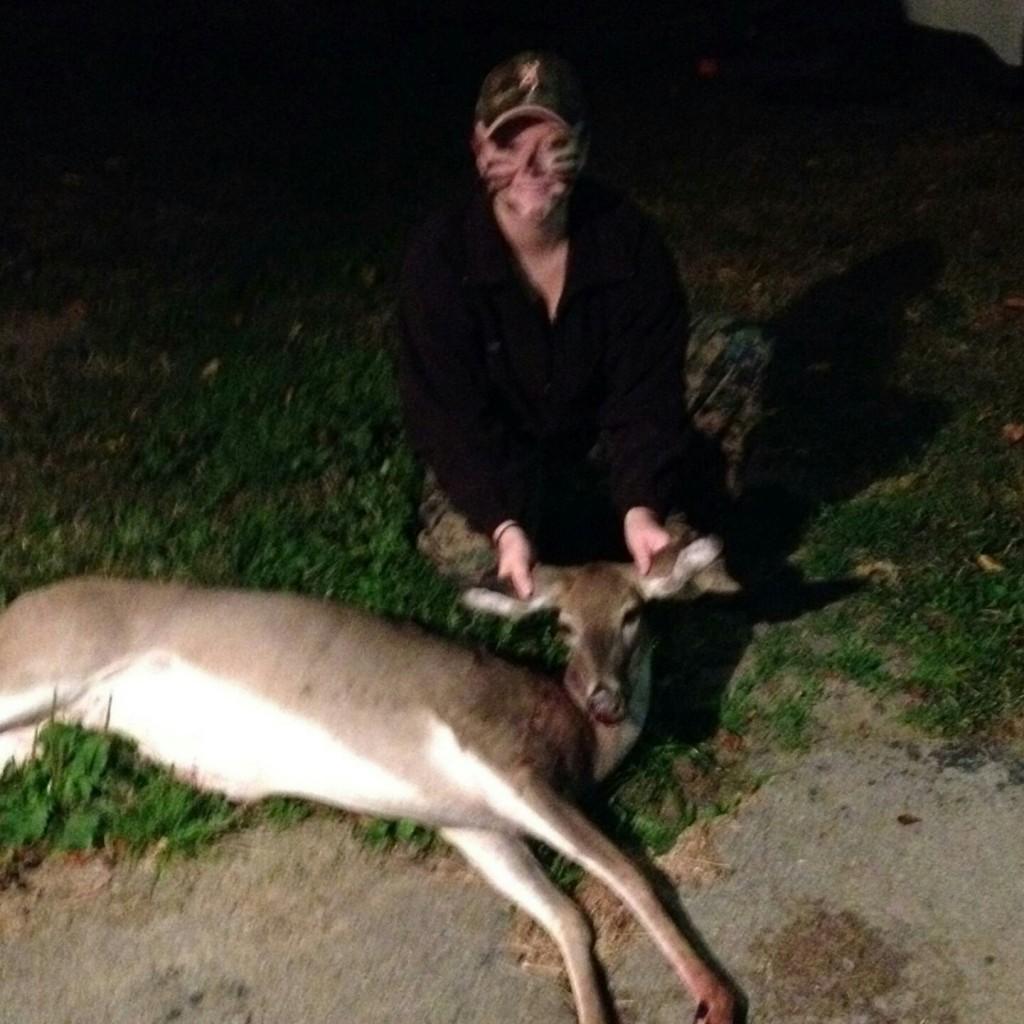 Skylar Hicks PA archery doe